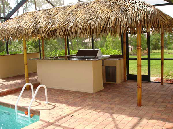 Custom-Outdoor-Kitchenette-Tiki-Hut-2 (1)